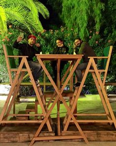 #DanieleLazzarin Daniele Lazzarin: Per fare una grande cena , serve un grande tavolo !!  e grandi amici @fla_vega_caruso @valentina_tioli foto by @paolottera #ibiza #grandicose #preparatevi #siriparte #neve