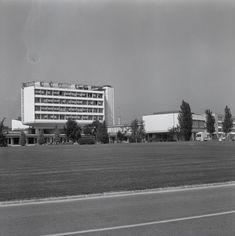 #WissenSieMehr über diese Reportage aus dem CERN in Genf (1964)? Kennen Sie eines der Geräte, Arbeitsprozesse oder Menschen, die auf den Fotos zu sehen sind? #MehrWissen #Blog #CERN #Switzerland Reportage, Blog, Photos, Geneva, People