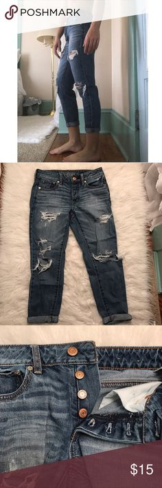 AEO Boycrop Jeans A more lose fitting cropped jean, only worn a few times.                                                                                                    • No zipper, only buttons                                                  • I do bundle deals                                                                                       • 1-2 day shipping American Eagle Outfitters Pants Ankle & Cropped