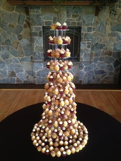 A beautiful mini cupcake set up at the gorgeous Legends of Bergamont
