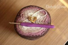 Návod: Jasmínový šátek   Pilgrim Crochet Shawl, Co Dělat, Knitting, Jasmin, Scarfs, Slippers, Crocheting, Scarves, Tricot