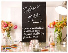 Make a Mobile - 8 Fun Baby Shower Crafts and Party Activities. Alternatives to baby shower games. Fiesta Baby Shower, Baby Shower Fun, Baby Shower Favors, Shower Party, Baby Shower Parties, Shower Gifts, Baby Shower Decorations, Baby Showers, Baby Shower Crafts