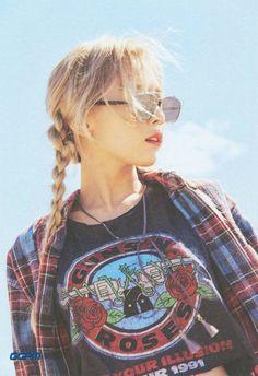 Taeyeon I Girls'Generation [PhotoBook (Why)] Snsd, Sooyoung, Yoona, Kim Hyoyeon, Girls Generation, Girls' Generation Taeyeon, Kpop Girl Groups, Korean Girl Groups, Kpop Girls