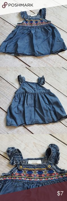 H&M baby girl dress Worn once. Can fit larger than 2-4 months. H&M Dresses Casual