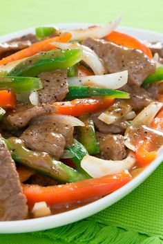 Pepper Steak! Try this delicious dish with Laura's Lean Eye of Round.  #smarterbeef
