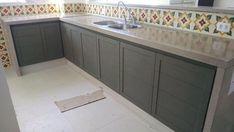 48 veces he visto estas grandes cocinas de concreto. Bathroom Design Small, Modern Kitchen Design, Dirty Kitchen, Concrete Kitchen, Design Moderne, Cuisines Design, Home Projects, Bedroom Decor, Kitchen Cabinets