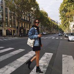 Le blogue de Negin Mirsalehi, notre « it girl » de la semaine, peut être lu en 45 langues. C'est la première fois que je vois cette option sur un blogue. C'est