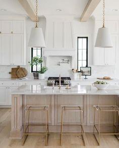 Kitchen Hoods, Condo Kitchen, Home Decor Kitchen, Kitchen Interior, Kitchen Remodel, Kitchen Design, Kitchen Ideas, Kitchen Inspiration, Modern Farmhouse Kitchens