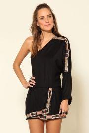 vestido ombro bordado