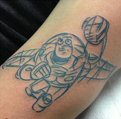 Toy Story tattoos will never be massively popular but that does't mean you won't find some great designs! Here are 15 of our favourite Toy Story designs! Cute Tattoos, Beautiful Tattoos, New Tattoos, Tattoos For Guys, Beautiful Body, Fan Tattoo, Tattoo Pain, Toy Story Quotes, Toy Story Tattoo