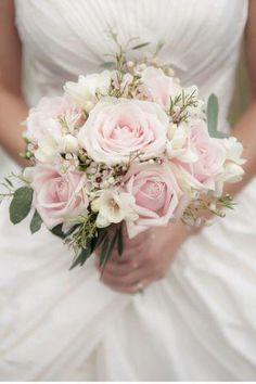 Beautiful real #wedding #flower ideas: http://www.weddingandweddingflowers.co.uk/article.php?id=272=1=2407