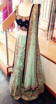 Ideas For Bridal Lehenga Choli Color Combinations Style Indian Bridal Lehenga, Pakistani Bridal, Pakistani Dresses, Indian Dresses, Indian Outfits, Lehenga Wedding, Indian Clothes, Indian Attire, Indian Wear