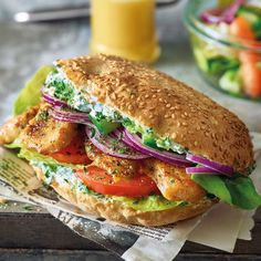 Now cook chicken pita with salad in 5 and discover numerous other Weight Watchers recipes. Now cook chicken pita with salad in 5 and discover numerous other Weight Watchers recipes. Plats Weight Watchers, Weight Watchers Meals, Chicken Pita, Greek Recipes, How To Cook Chicken, Salmon Burgers, Salad Recipes, Sandwich Recipes, The Best