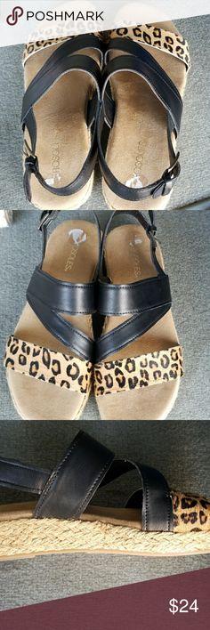 Aerosoles Leopard Print Sandals NEW without tags Tan/Leopard print Open-toed AEROSOLES Shoes Sandals