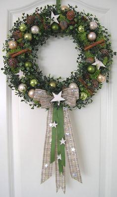 Weihnachtskranz Stern 36cm Wandkranz Türkranz Weihnachten Kranz Kugeln Christmas