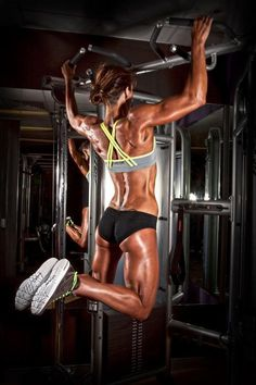 wide grip pull ups -