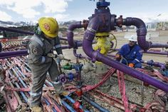 The Environmental Protection Agency, in a proposed rule, will aim to eliminate federal government requirements that the oil and gas industry put in place technology to inspect for and repair methane leaks from wells, pipelines and storage facilities. Bbc News, Oklahoma, Kansas, Nebraska, Shale Gas, Energy Companies, Sustainable Energy, Greenhouse Gases, Water Supply