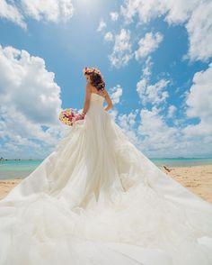 後ろからのショット #ハワイ #ハワイフォト #ハワイウェディング #ウェディングドレス #ビーチフォト #hawaii #hawaiiwedding #projectm #photo #hawaiistagram