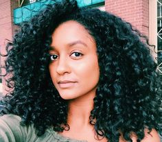 STUNNING curls @hermela! One Condition Decadence and #SUPERCREAM give her amazing definition, body, and shine!