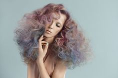 particularly excellent faded pastels. really interesting to see pastels as a coloured hair trend - my friends & I all had weird-coloured hair around 2000 but it was always bright, not muted like this.