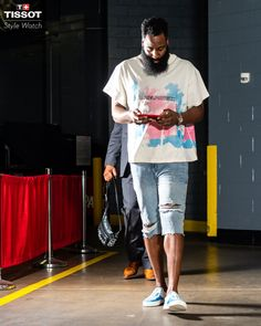 Shop the latest products and styles for men at danielpatrick. Daniel Patrick luxury sportswear, streetwear and designer athleisure apparel for men. Jeff Green, Gary Clark, Daniel Patrick, Designer Sportswear, James Harden, Athleisure Outfits, Houston Rockets, Fashion Watches, Street Wear