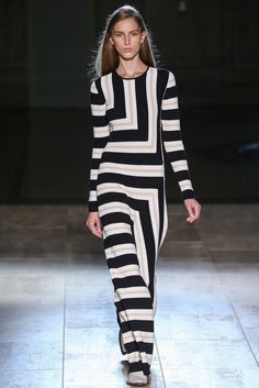 Spring 2015 Ready-to-Wear - Victoria Beckham