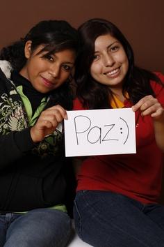 Peace, Jaretsy Hernandez y  Jessica, Genera, Estudiantes, Apodaca, México.