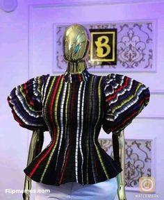 African Tops, African Fashion Ankara, Latest African Fashion Dresses, African Dresses For Women, African Print Fashion, African Wear, African Attire, Ankara Blouse, Ankara Tops