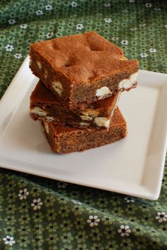 White Chocolate Gingerbread Blondies | Beantown Baker