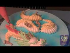 """Cake Deco-Piping Demo-Chinese Dragon Best comment M. """"The world isn't ready for this amount of power. Red Cupcakes, Cute Cupcakes, Cupcake Cakes, Cake Decorating Supplies, Cookie Decorating, Piping Buttercream, Frosting, Buttercream Techniques, Gateau Cake"""