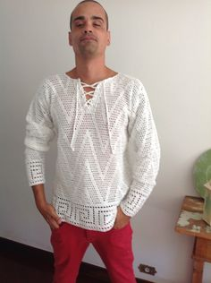 Bata masculina, mangas longas , aberta com cordão , fio 100% algodão , tamanhoM , fazemos sob medida e por encomenda !