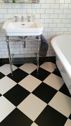 43 ideas bathroom tiles floor patterns black and white whitevinylflooring - Marble Bathroom Vinyl Flooring Bathroom, Bathroom Vinyl, Bathroom Floor Tiles, Bathroom Interior, Tile Floor, Linoleum Flooring, 1930s Bathroom, Garage Flooring, Victorian Bathroom