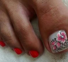 New Nail Art Design, Toe Nail Designs, Toe Nails, Veronica, Toenails, Toenails Painted, Designed Nails, Pretty Toe Nails, Simple Toe Nails