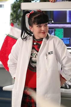 Abby (Pauley Perrette) in NCIS (2013 photo by Sonja Flemming)