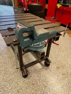 welding table plans or ideas Welding Bench, Welding Table Diy, Welding Cart, Welding Shop, Welding Tools, Metal Welding, Welding Projects, Metal Work Table, Metal Tables