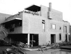 Clássicos da Arquitetura: Residência Fabrizio Beer / Joaquim Guedes