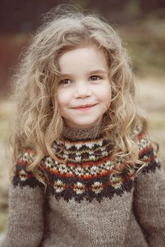 Adorable girl in fair isle:) Beautiful Children, Beautiful Babies, Beautiful People, Gorgeous Girl, Cute Kids, Cute Babies, Baby Kids, Babies Stuff, Toddler Girls