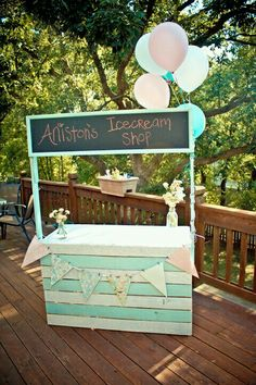 Love the idea of chalk board then one prop can change … Lemonade/Ice Cream Stand! Love the idea of chalk board then one prop can change for different sessions Ice Cream Party, Diy Ice Cream, Ice Cream Theme, 3rd Birthday Parties, Birthday Bash, Birthday Ideas, Sundae Party, Ice Cream Stand, Mantecaditos