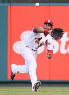 St. Louis Cardinals right fielder Jason Heyward catches a fly ball off the bat of Pittsburgh Pirates' Starling Marte in second inning action during a game between the St. Louis Cardinals and the Pittsburgh Pirates on Friday, May 1, 2015, at Busch Stadium in St. Louis. Photo by Chris Lee, clee@post-dispatch.comCardinals v Pirates