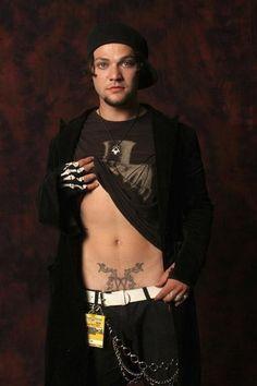 I'm a sucker for a cute boy with tattoos! Bam Margera!