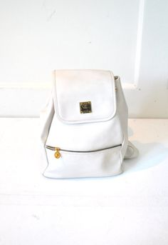 MCM backpack vintage white PVC leather 90s GRUNGE by onefortynine