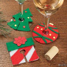 Christmas Craft Fair, Felt Christmas Ornaments, Christmas Sewing, Noel Christmas, Christmas Projects, Felt Crafts, Holiday Crafts, Christmas Gifts, Deco Table Noel