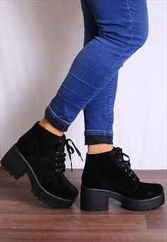 Black Elasticated Lace Up Cleated Platforms Ankle Boots Sock Shoes, Cute Shoes, Me Too Shoes, Shoe Boots, Oxford Shoes Outfit, Fashion Shoes, Fashion Outfits, Mode Chic, Platform Ankle Boots