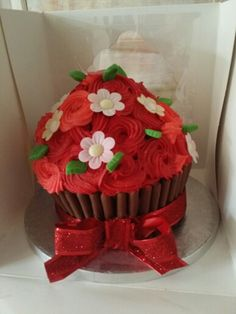 Red cupcake Red Cupcakes, Desserts, Food, Tailgate Desserts, Dessert, Postres, Deserts, Meals