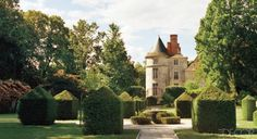 Charles de Ganay's Château - ELLE DECOR #frenchinspired #frenchchateau