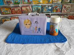 For your consideration to purchase is a 1967 Twiggy Lunchbox and Thermos manufactured by Aladdin Industries, as pictured. The book value of the set is $325.00.