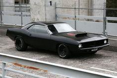 Barracuda. My dad had this car. Too bad he wrecked it!