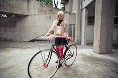 fixed gear girl taiwan 2 Ducati, Fixed Gear Girl, Stand Up Paddle, Commuter Bike, Le Jolie, Taiwan, Gears, Girl Fashion, Vogue