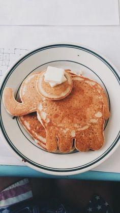 p i n t e r e s t :                  ✰ casey elizabeth ✰ Elephants, Happiness, Food Photography, Pancake Breakfast, Pancake Art, Breakfast Ideas, Vsco, I Love Food, Cute Food
