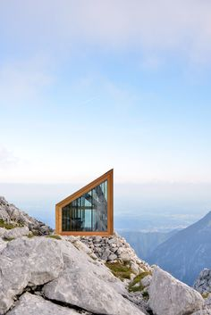 mahabis retreats // the air-lifted slovenian alpine shelter / amore close-up view...